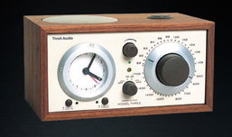 Tivoli Model Three วิทยุตั้งโต๊ะระดับโลก