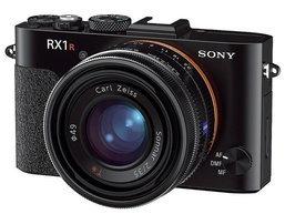 Sony เปิดตัวสองกล้องคอมแพคไฮเอนด์ RX100 II และ RX1R