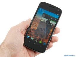 [รีวิว] Samsung Galaxy Nexus หน้าจอแบบ Super AMOLED HD และ Ice Cream Sandwich