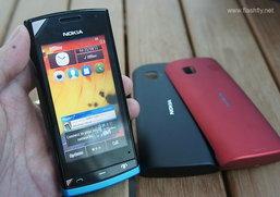 แรกสัมผัส Nokia 500 Symbain Anna รุ่นประหยัดที่มาพร้อม CPU 1GHz และฝาหลัง 3สี