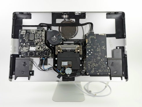 แงะจอ Apple Thunderbolt Display เปิดกันให้ดูชัดๆ