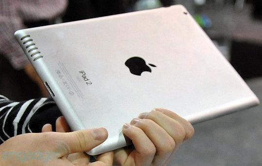 ข่าวลือ : สิ่งใหม่ที่มีใน iPad 2 ที่กำลังผลิตอยู่