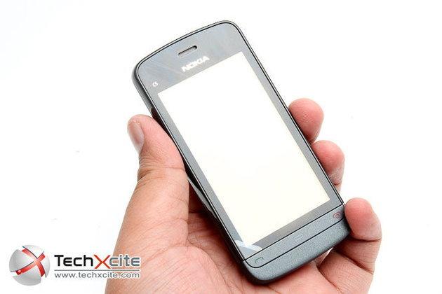 [Full Review]: Nokia C5-03 – เป็ดโฟนในยุคทัชสกรีนเรืองอำนาจ