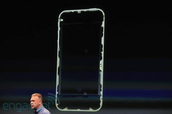 ศ.เดนมาร์กชี้ เสาอากาศใหม่ iPhone 4S ละเมิดสิทธิบัตรของ Samsung