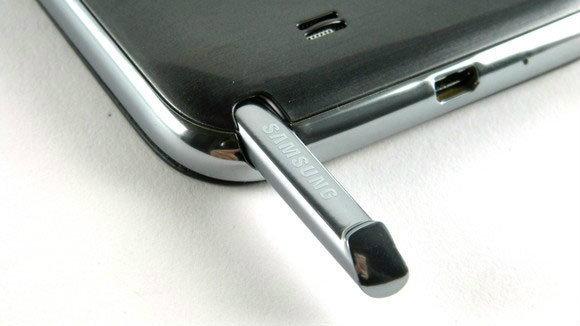 ภาพหลุด Samsung Galaxy Note 3 (Note III) รุ่นต้นแบบ หน้าจอชิดขอบมากขึ้น