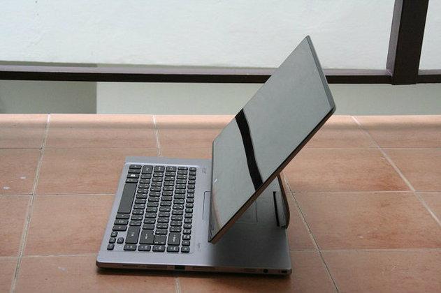 รีวิว Acer R7 โน้ตบุ๊กรูปแบบใหม่จากเอเซอร์