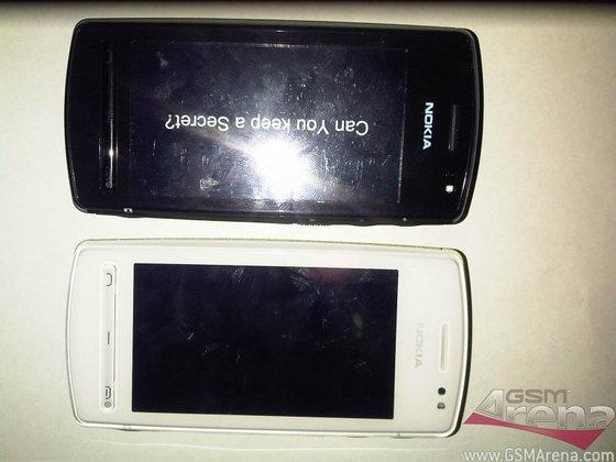 Nokia N5 ชัวร์ หรือ มั่ว