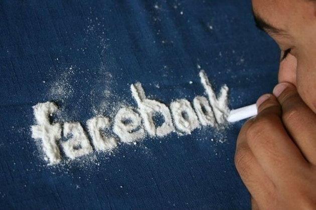 5 อาการ บ่งบอกว่าคุณเป็นโรคติด Facebook ขั้นรุนแรง