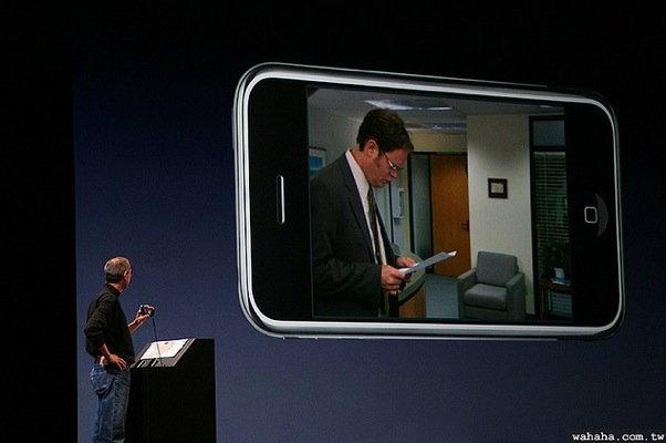 เผยความลับเบื้องหลัง Steve Jobs ขึ้นเวทีเปิดตัว iPhone รุ่นแรก!