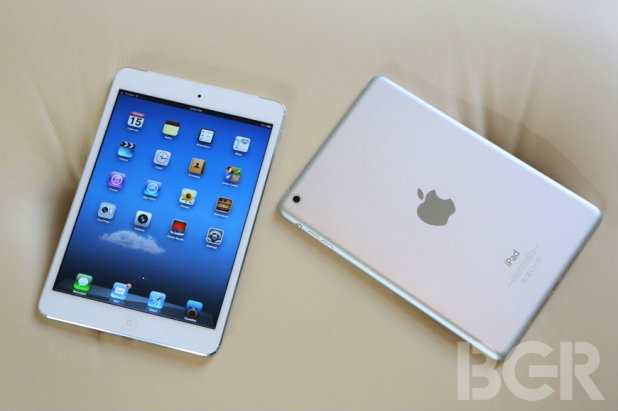 2 โจรแสบขโมย iPad mini จากสนามบิน จอห์น เอฟ เคนเนดี้