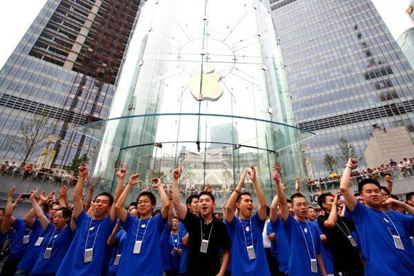 นักศึกษาจีน ยอมกู้เงินพร้อมดอกเบี้ยสุดโหด เพราะอยากได้ iPhone กับ iPad