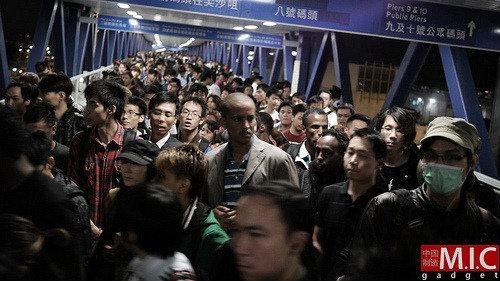 สรุปบรรยากาศวางขาย iPhone 4S เกาะฮ่องกง