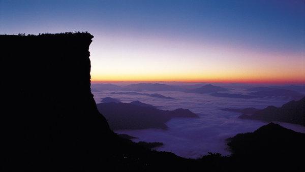 ทะเลหมอก ภูชี้ฟ้า