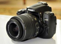 Nikon เลิกผลิต D5000 จริงหรือ?